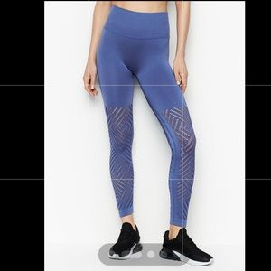 Victoria Sport Flat belly Leggings